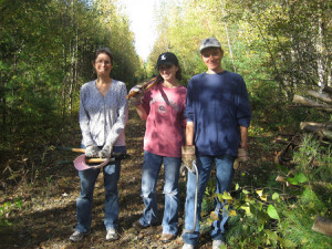 Holliston-trail-volunteers